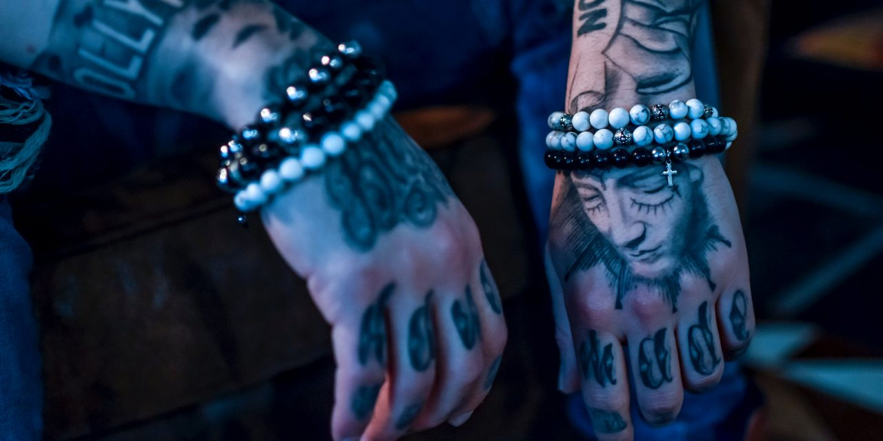 Study Shows That Tattoo Ink Particles Can Make Their Way Into Your Body – Should You Be Worried?