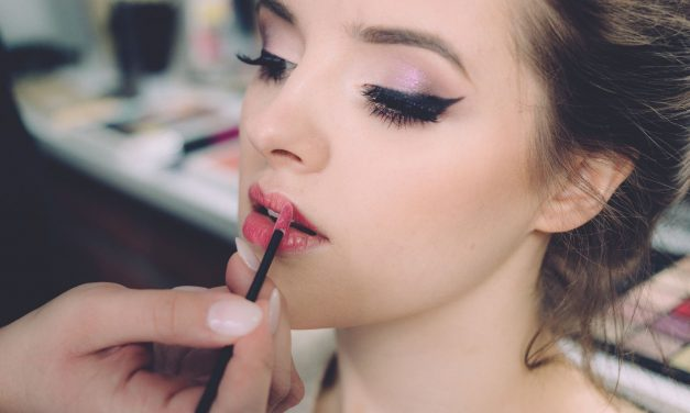 How To Get Kiss Proof Makeup That'll Last The Whole Date