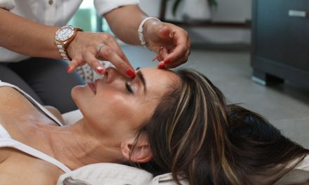 Should You Get An Oxygen Facial? Here's What Estheticians Say