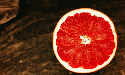 Grapefruit Your Way to Beautiful, Healthy Skin
