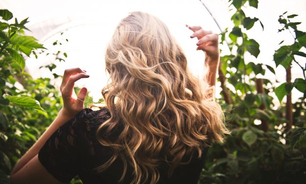 Achieve Healthy Hair & Reduce Damage With These 6 Habits
